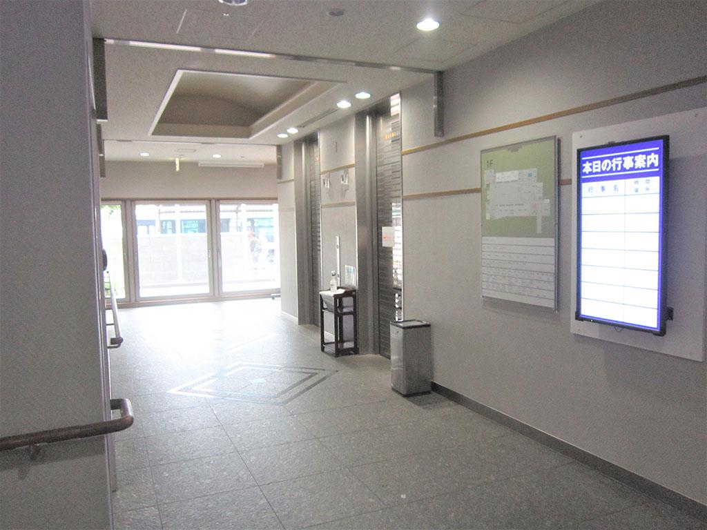 エレベーターホール3