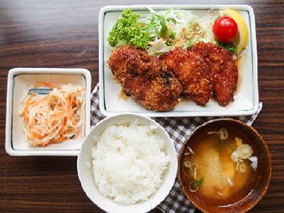 コロッケ&ハムカツ定食